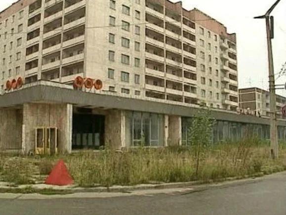 Припять в 1990 году. Как выглядел покинутый город и кто там жил в 90-х