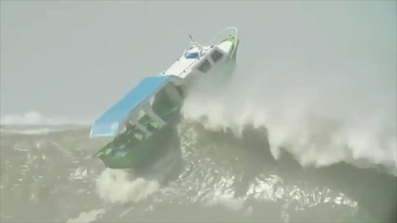 Boats Capsizing Compilation