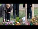 Lautstarke Gegendemonstration Merkel in Zwickau bei Gedenken für NSU Opfer