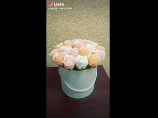 21 неувядающая роза в шляпной коробке