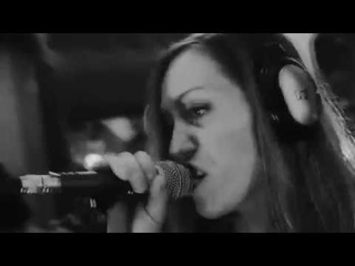Vinyl Blast - Don't kill me (Live In Studio). Russian female rock band.