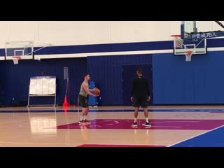 Sixers PG @TJMcConnell working on his shot.