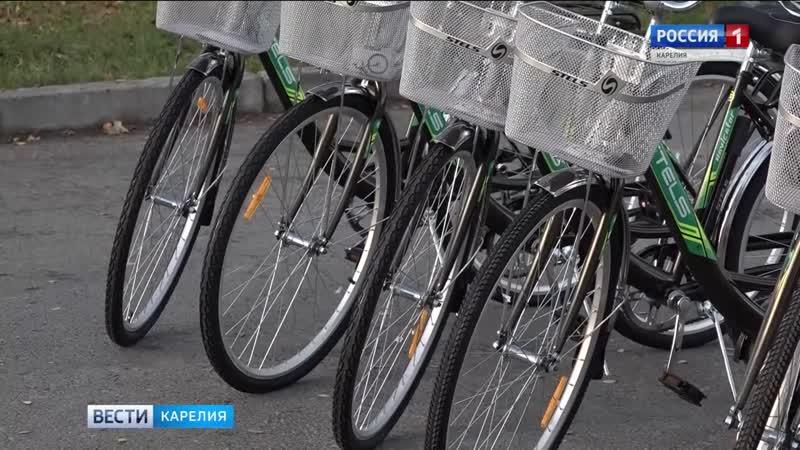 Соцработникам Пряжинского района передали велосипеды