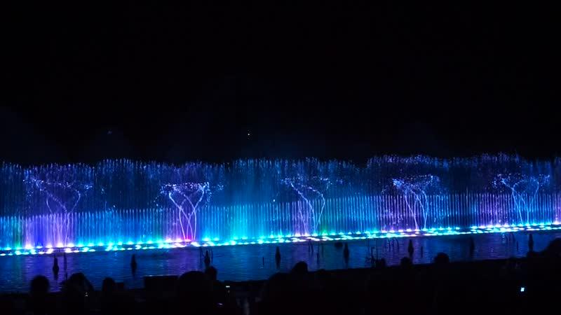 Шоу магия танцующих фонтанов. Протарс. Кипр. (Купите бублички...)