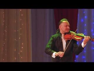 В преддверии дня рождения Рафаэля!«'O Sole Mio» Э.Капуа, поёт Рафаэль Рахматуллин, скрипка Марат Садриев