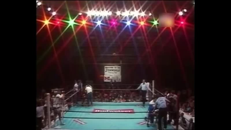 32 Майк Тайсон Mike Tyson vs Lorenzo Boyd 1986 07 11
