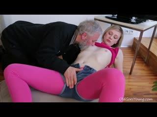 Young girl renata & old man (sex orgasm)