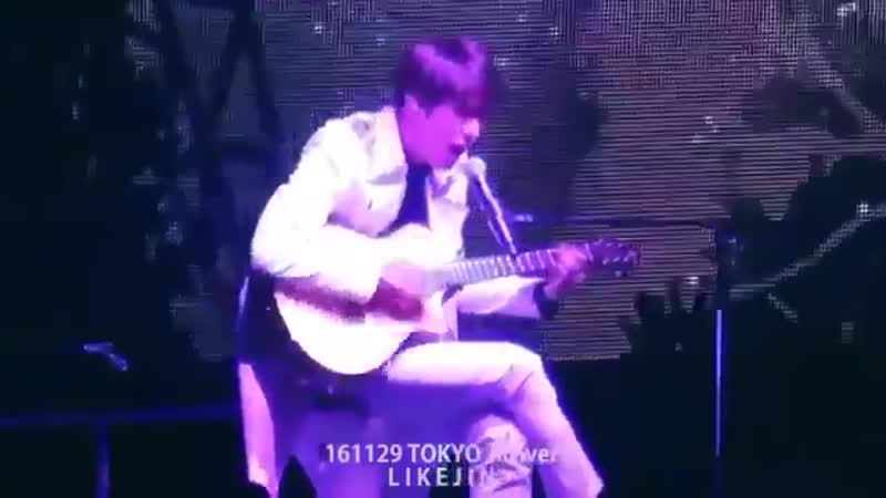 We dont talk enough about how jin sang boy in luv in japanese and played the guitar LIVE a