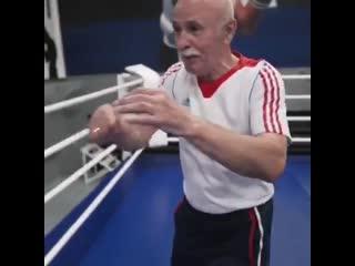Как попадать по двигающемуся сопернику. Урок бокса