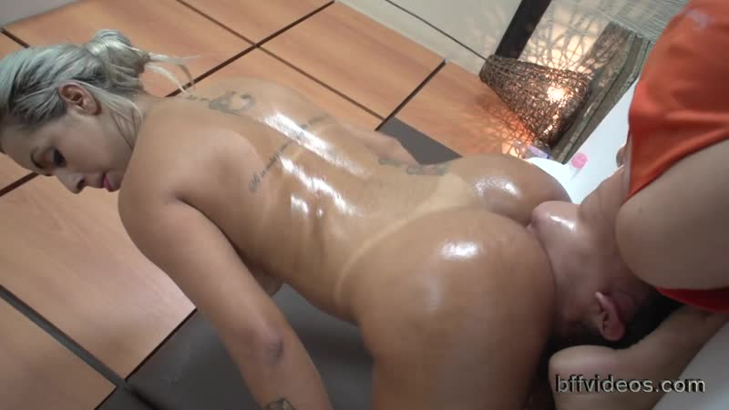 Ass licking rimming лижет попу римминг анилингус ануслинг госпожа раб жопу куколд