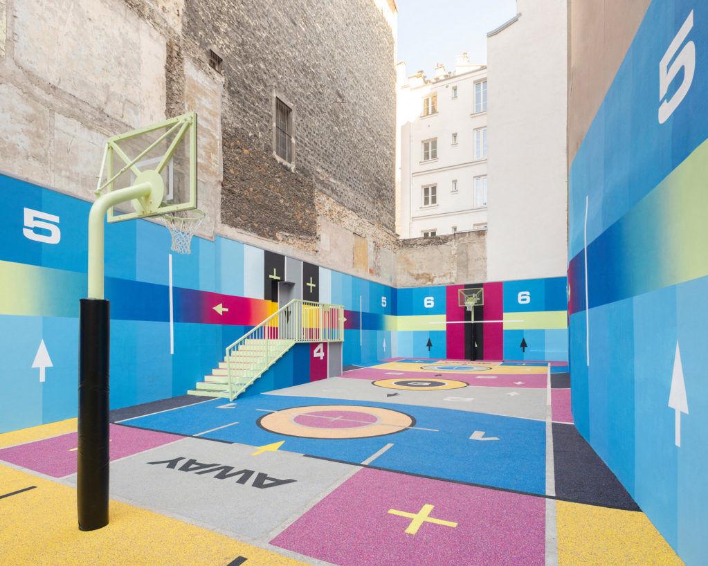 Новый облик знаменитой баскетбольной площадки в Париже
