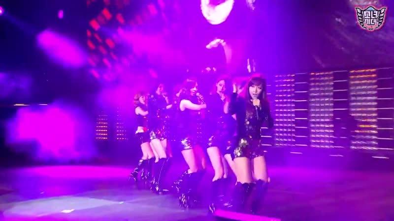 SNSD Girls' Generation Run Devil Run SMTown Live in Madison Square Garden
