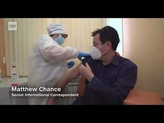 «Вдох!» Журналист CNN Мэттью Чэнс привился вакциной «Спутник V».