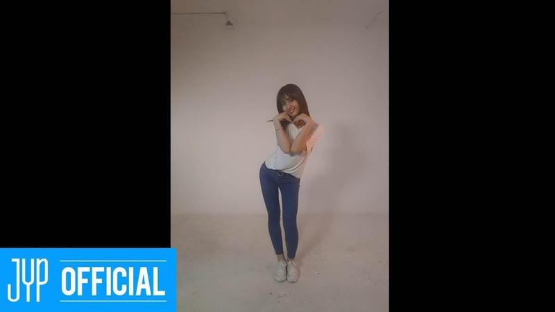 MOMO SIGNAL DANCE VIDEO