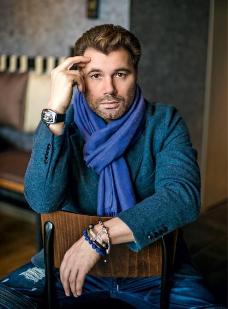 Олег Рой, писатель