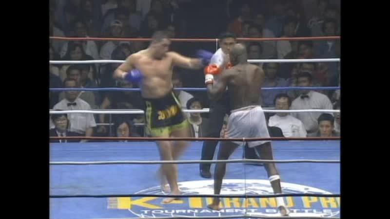 Ernesto Hoost vs John Kleijn — 1995-05-04