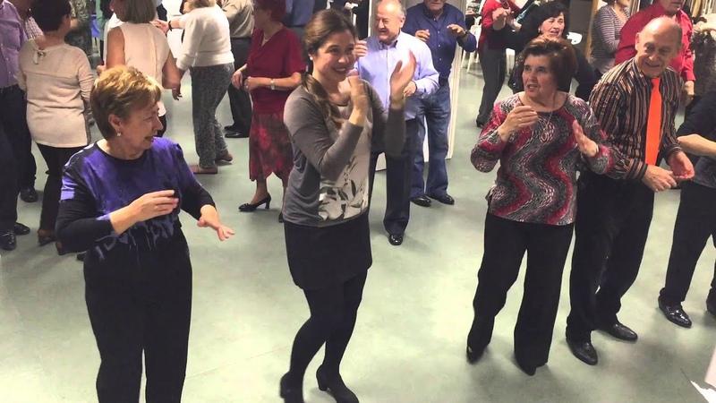 Baile en linea - Bailando Version Cumbia