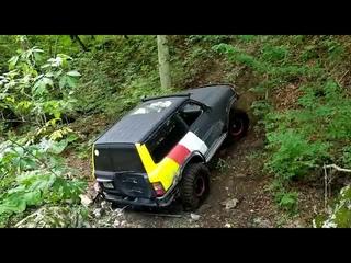 Экстремальный подъем в гору на Nissan Patrol. Было опасно.