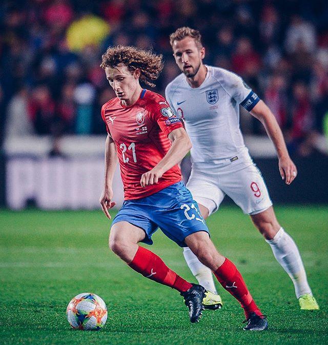Чехия с Кралом обыграла Англию в матче отбора Евро-2020 (Видео)