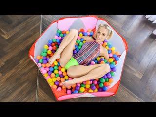 Sky Pierce - Bubble Pit Pussy Pleasure (Teen, Blonde, Blowjob, Doggystyle, Facial, Natural Tits, Short, Swimsuit)