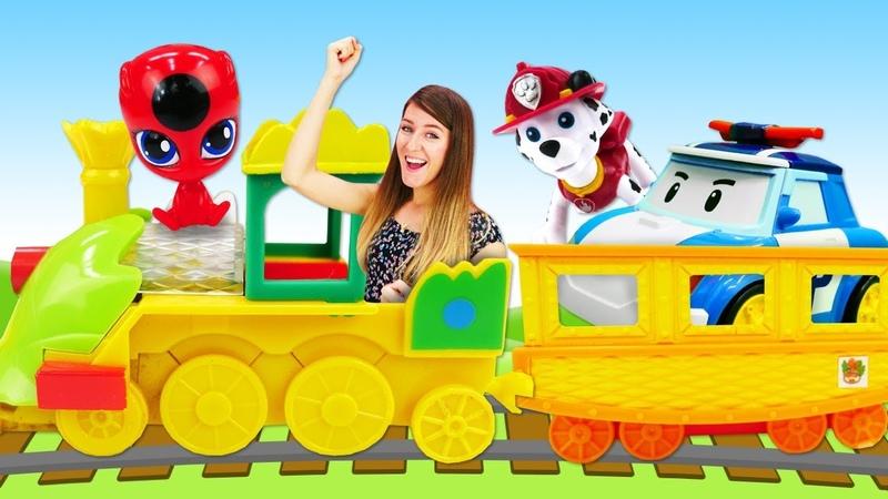 Construimos un ferrocarril de Patrulla Canina en la Guardería Infantil Vídeos de juguetes