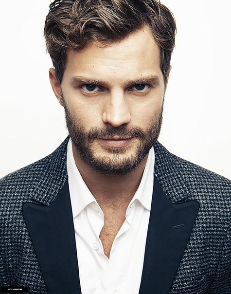Лицо идеального мужчины, составленное из частей лиц знаменитых красавцев Голливуда Какой он, идеальный красавец мужчина, способный покорить сердце любой женщины Наверняка у этого красавчика
