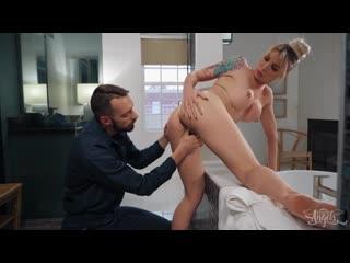 Aubrey Kate - Unplug It