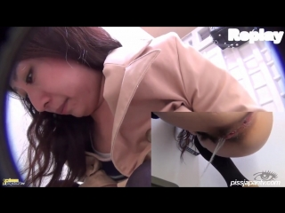Japanese woman public pee. asian porn, orgasm, uncensored, public, big ass, hidden cam, voyeur, pee, toilet, hairy pussy