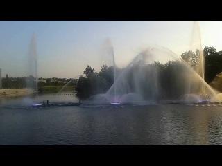 Винницкий фонтан рошен , глазами телефона  День