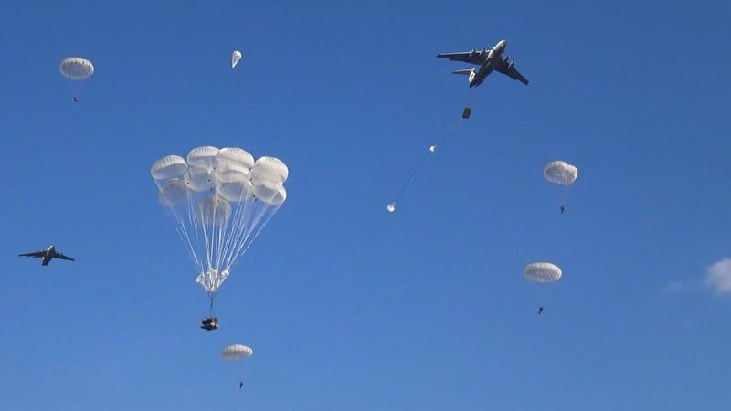 Учения Запад 2021 Массовое десантирование БМД 4М с самолётов Ил 76 в Рязанской области West 2021