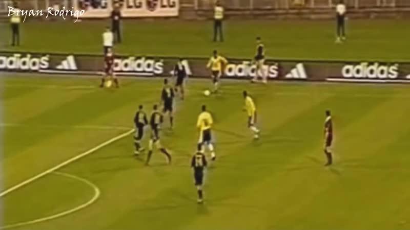 The Young Ronaldinho ● Magic Skills, Goals and Assist ● Brazil