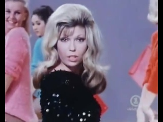Nancy Sinatra - These Boots Are Made For Walkin...