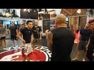 LEARN A MOVE with Roger Huerta
