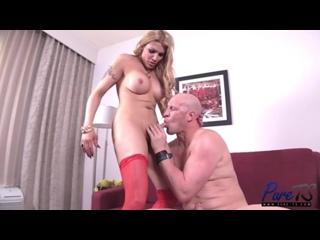 Elizabeth Nikkol - Spicy Latina TS Gets Fucked (трансы, транссексуалы, shemale, ladyboy, transsexual, anal porn, анал порно)