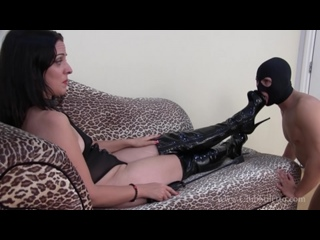 Lady Bellatrix - pathetic boot worm gets to smell sweaty ass