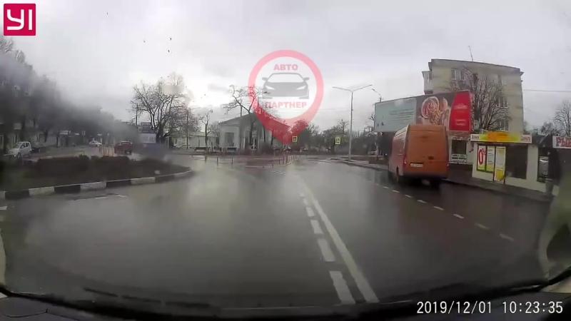 Как надо переходить дорогу!
