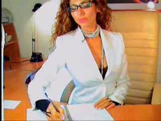 секретарша , никакой эротики )