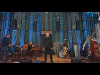 Tom Jones - I Wont Crumble With You If You Fall - (Live from Real World Studios) -