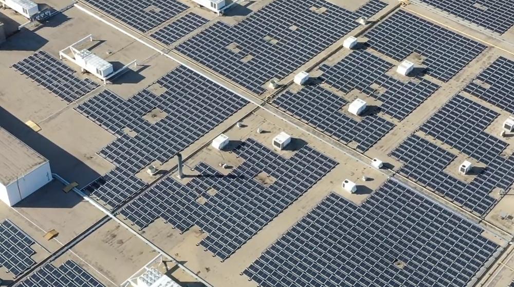 Harley-Davidson установили 2.25-мегаваттную солнечную станцию на крышу завода