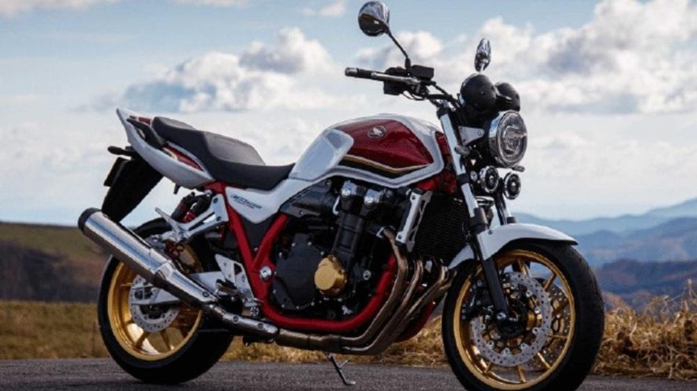 Два новых мотоцикла Honda CB1300 Super Four выпустили в Японии
