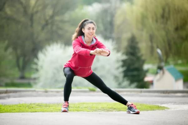 Как облегчить боль в спине с помощью упражнений на равновесие на одной ноге, изображение №1