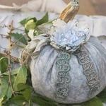 Винтажные тыквы из ткани на Хэллоуин — фото-идеи