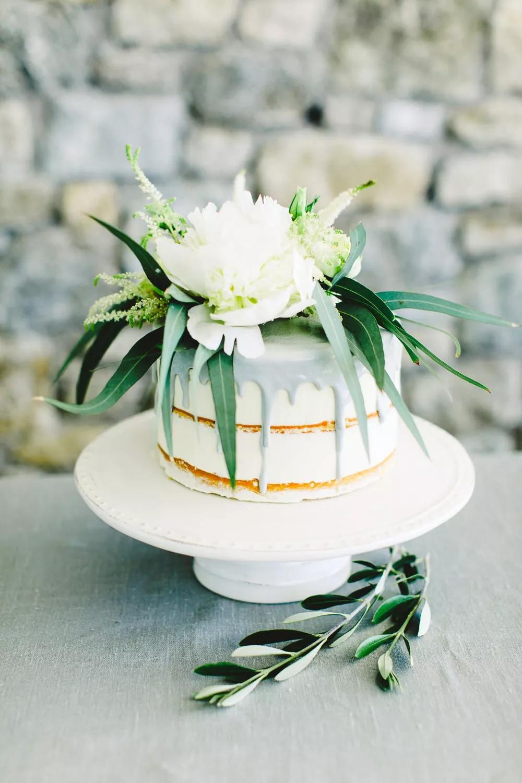 QVmnD9vX7rs - Маленькие свадебные торты