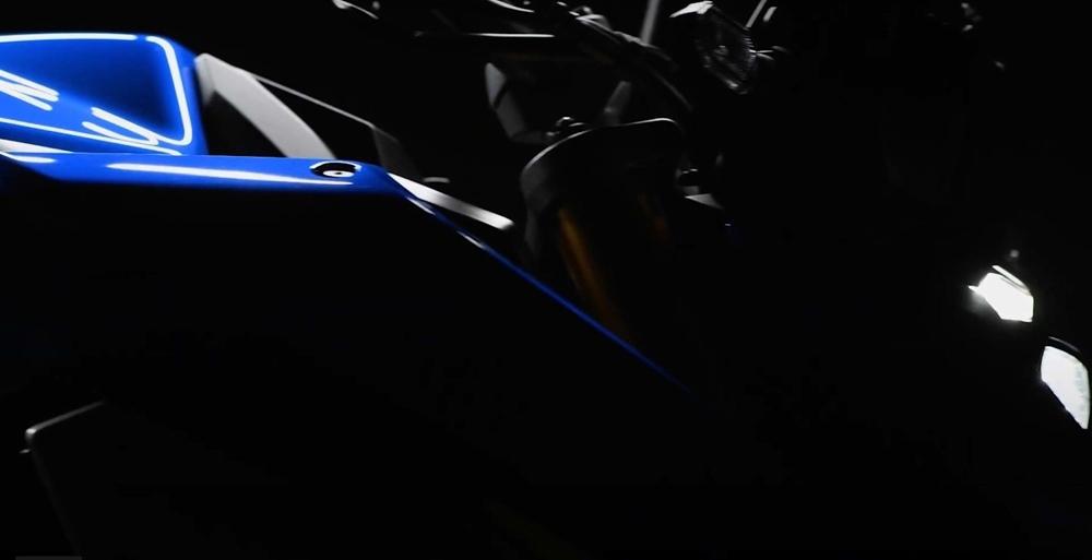 Новый мотоцикл Suzuki GSX-S1000 2021 представят 26 апреля (видео)
