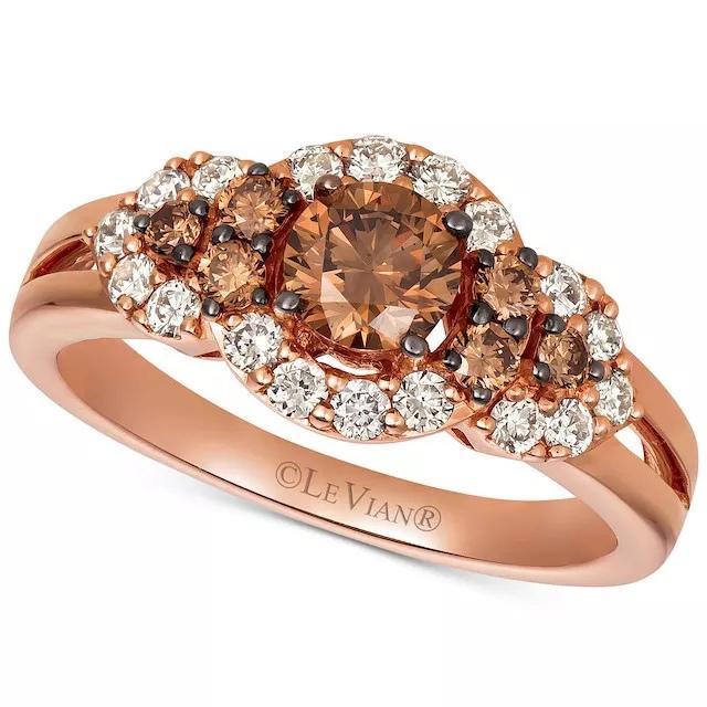 xqA4Jnpm0Mc - Шоколадные бриллианты в обручальных кольцах - звучит мечтательно