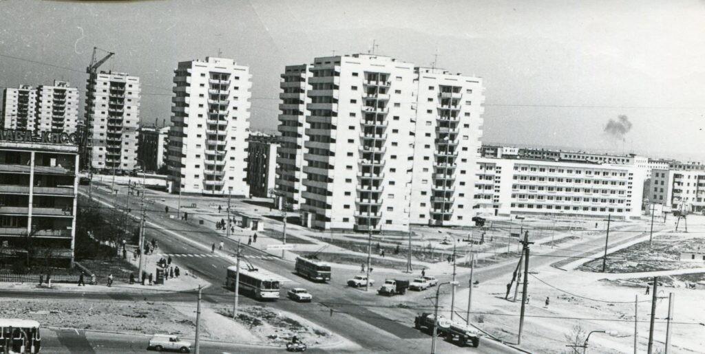 Строительство высотных домов на проспекте Генерала Острякова.  Чего-то явно не хватает... Севастополь