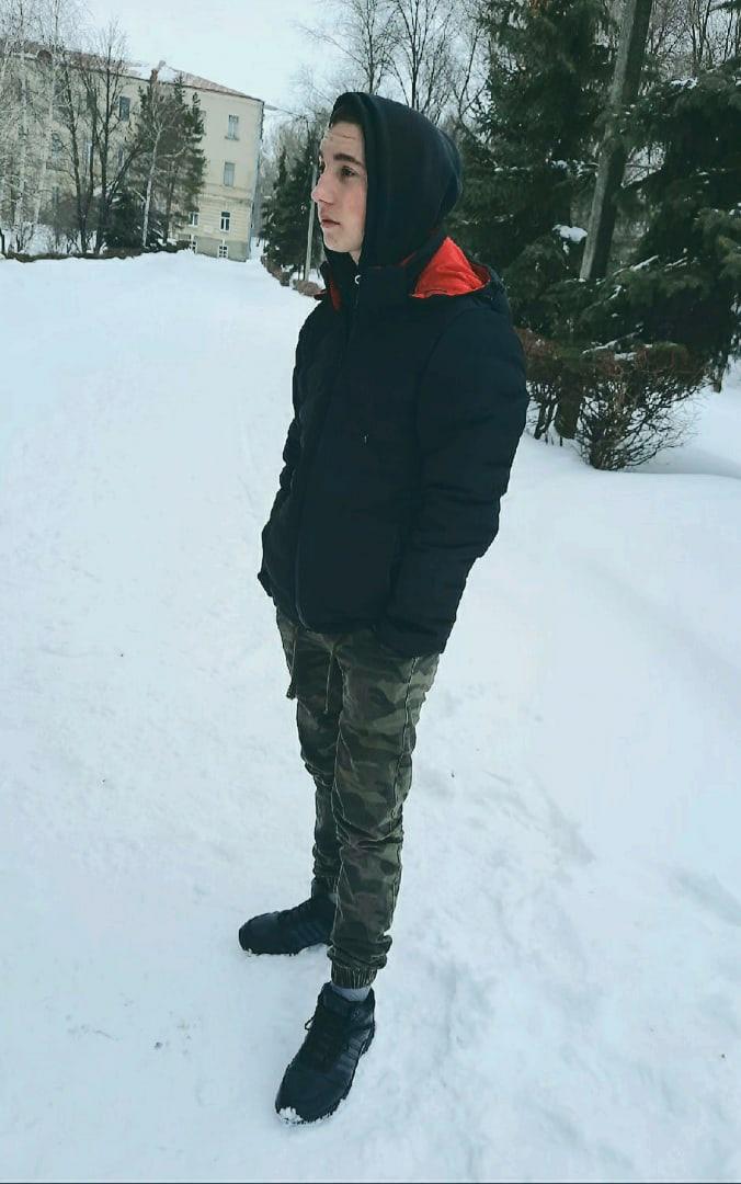 Олег, 20, Saratov