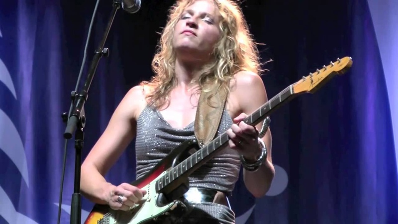 Ana Popovic in HD Live at the Montreal International Jazz Festival 2010
