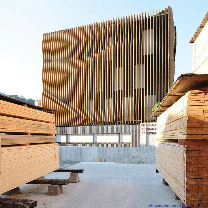 Rippling Waves Façade by MoDus Architects,