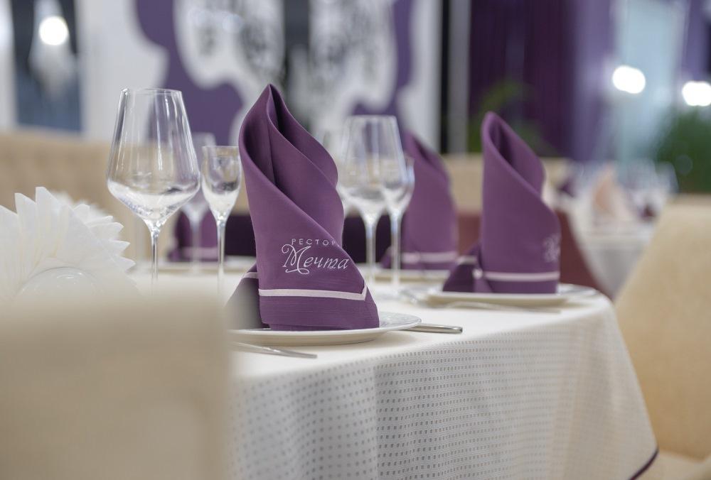Салфетки в ресторан с логотипом на заказ